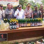 Memasuki Ramadhan, Ratusan Botol Miras Dimusnahkan Polres Boalemo