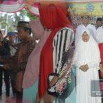 Darwis Moridu Serahkan Bantuan Paket Ramadan, Sebagian Berasal Dari Dana Pribadi Bupati