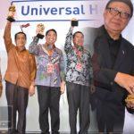 Sukses Wujudkan UHC di Awal 2018, Bupati Nelson Terima Penghargaan JKN AWARD