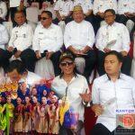 Tampilkan Tarian Khas Gorontalo di Karnaval Budaya Manado, Wabup Bone Bolango: Saya Bangga!