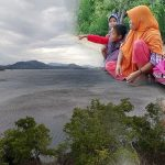 Angin Kencang, Warga Desa Bajo Berlarian ke Atas Bukit