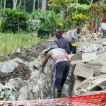 Giat Membangun, Desa Inomunga Bertekad Menuju Kemandirian
