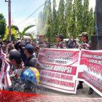 Dugaan Korupsi Anak Bupati, GOM-LMP Ancam Segel Kejari Boalemo