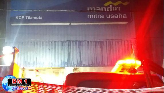 Bank Mandiri Mitra Usaha KCP Tilamuta Meledak dan Terbakar