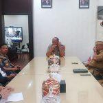 "Gubernur Rusli ""Mendadak"" Muncul di Polda Gorontalo, Sejumlah Polisi Terlibat Insiden dengan Wartawan"