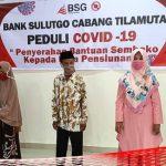 BSG Tilamuta Peduli Pensiunan, Mareyke Pimpin Langsung Penyerahan Sembako Covid19