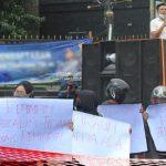 """Demo: Penahanan Bupati Boalemo Segera """"Dieksekusi"""" Polda Gorontalo"""