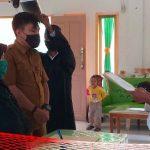 Kaur dan Staf Keuangan Desa Bonda Raya Dilantik, Ini Pesan Kades Mohamad Alim