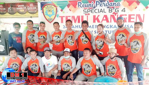 Alumni STM Bg4 Gorontalo'96: Temu Kangen 24 Desember setelah 24 Tahun tak Bersua
