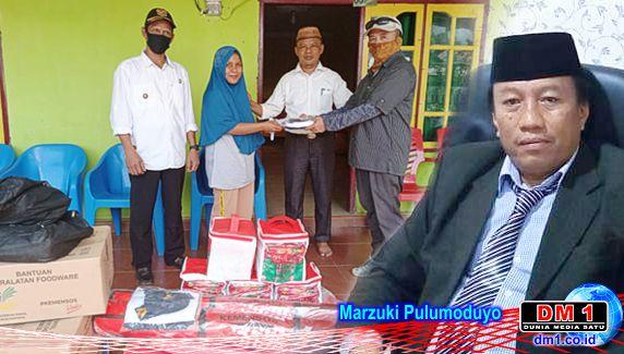 Dinas Sosial Gorut Serahkan Bantuan kepada Korban Kebakaran di Dua Desa