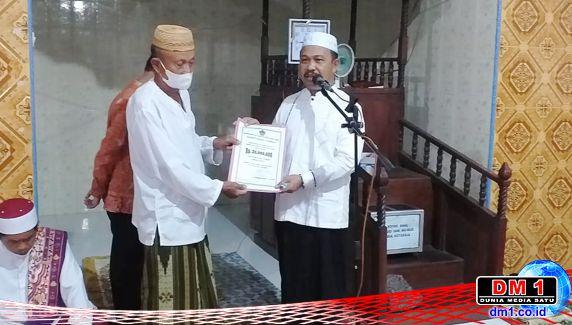 Serahkan Rp.30 Juta ke Masjid An-Nur, Sekda Boalemo Ingatkan Soal Covid19 dan Pencabulan