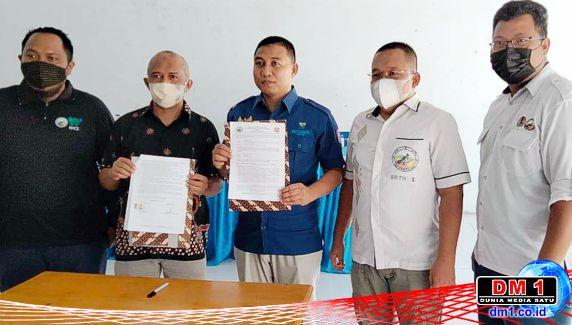 Bersama Balai TNBNW, Kades Mito Tandatangani Konservasi Desa Sogitia